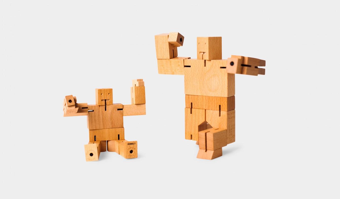 Wooden Robots